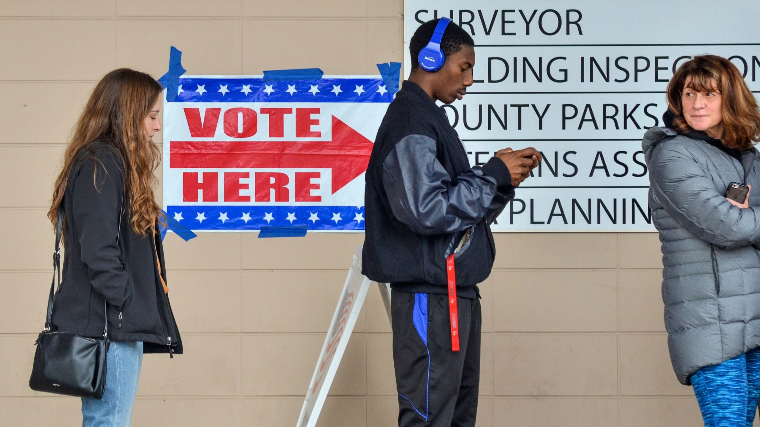 Voters were lined up outside of the Vigo County Annex in Terre Haute, Ind.,. on Nov. 5, 2018, to take advantage of the final day of early voting.